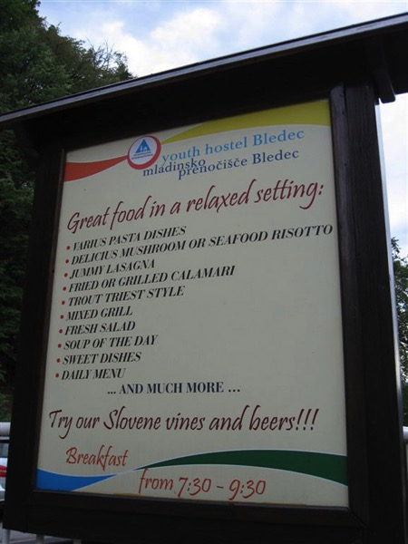 Jummy and varius eat here
