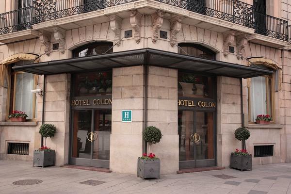 Hotel Colon entrance